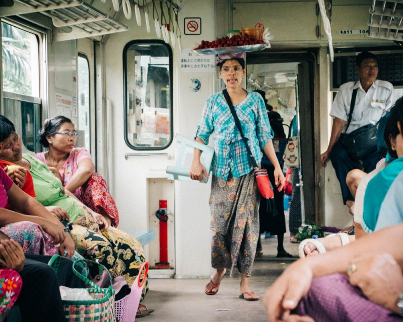 Yangon circle train vendor