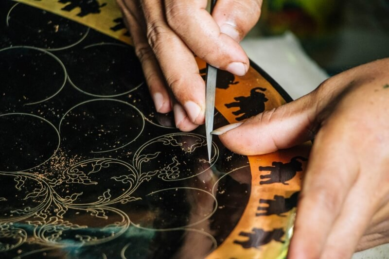 Intricate work at the Lacquerware workshop