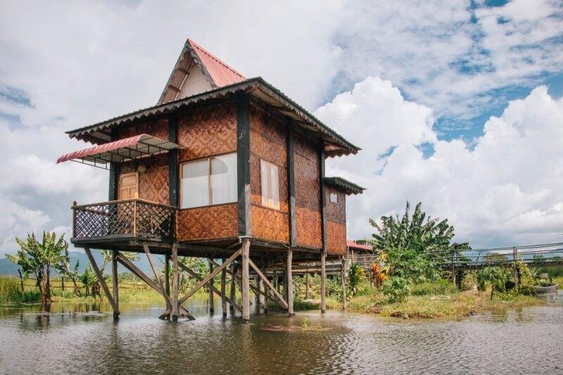 Inle Lake Houses