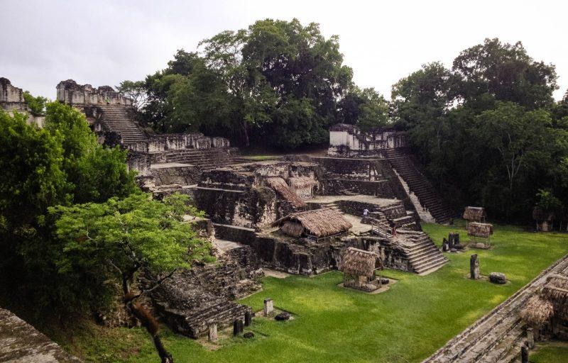 Acropolis Norte Tikal