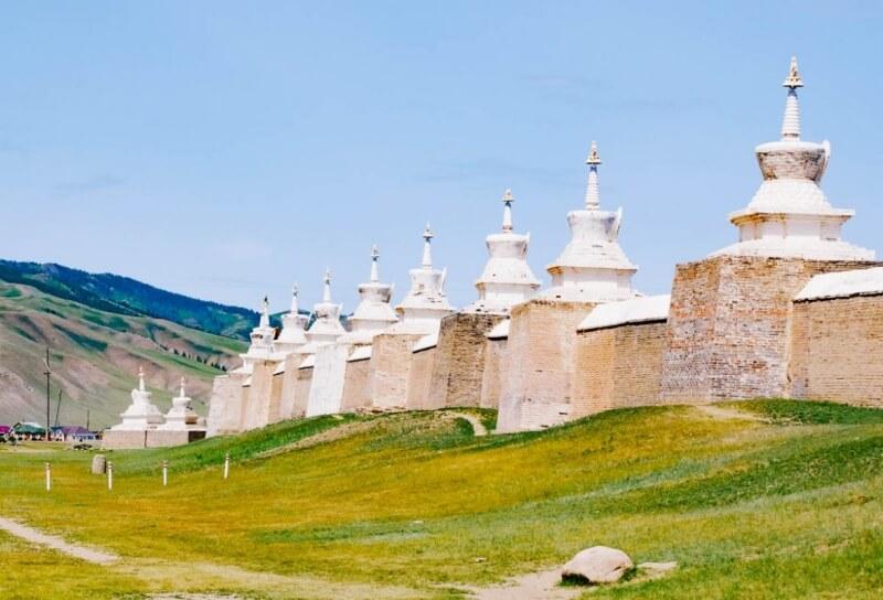 Erdene Zuu stupas